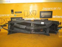 Решетка под лобовое стекло Toyota Isis ANM15G Фото 1
