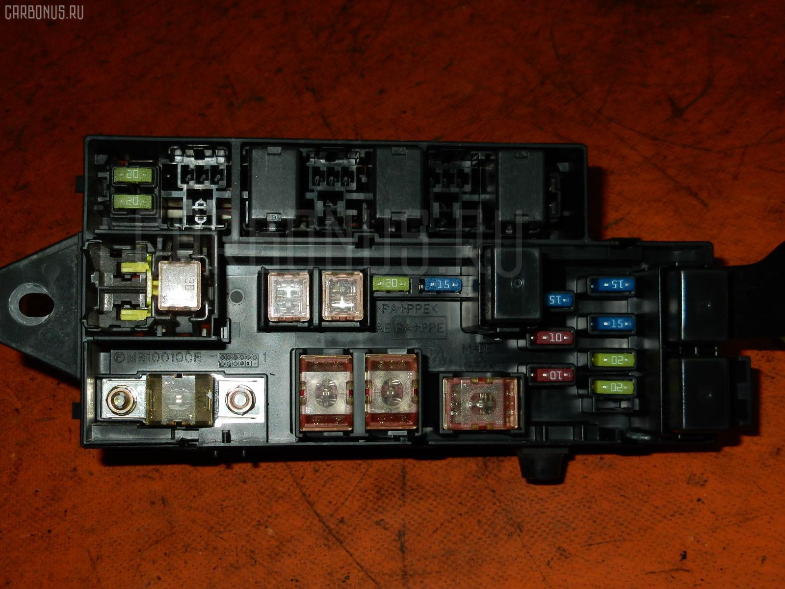 Блок предохранителей SUBARU IMPREZA GG3 EJ15 Фото 2