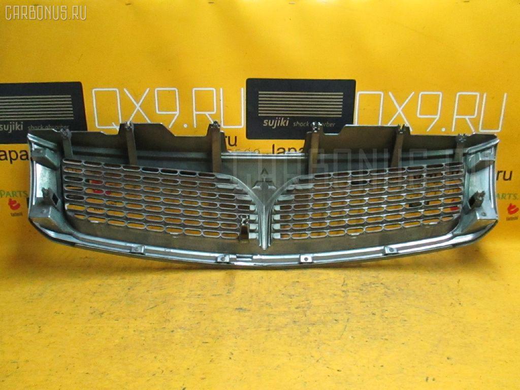 Решетка радиатора MITSUBISHI CHARIOT GRANDIS N84W Фото 2