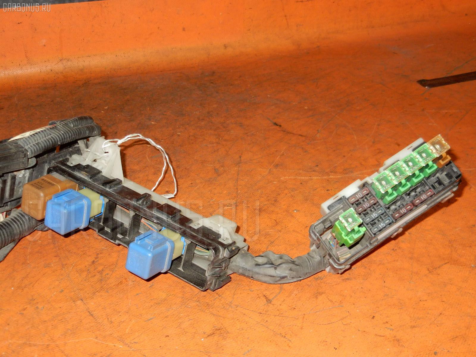 Блок предохранителей NISSAN CUBE AZ10 CGA3DE. Фото 8
