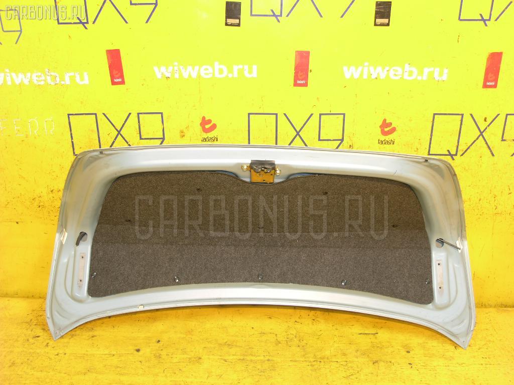 Крышка багажника TOYOTA PRIUS NHW10 Фото 3