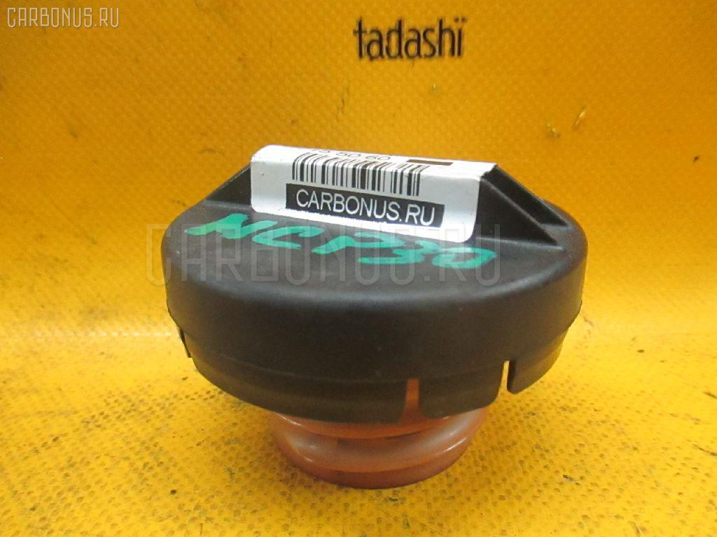 Крышка топливного бака TOYOTA BB NCP30 Фото 1