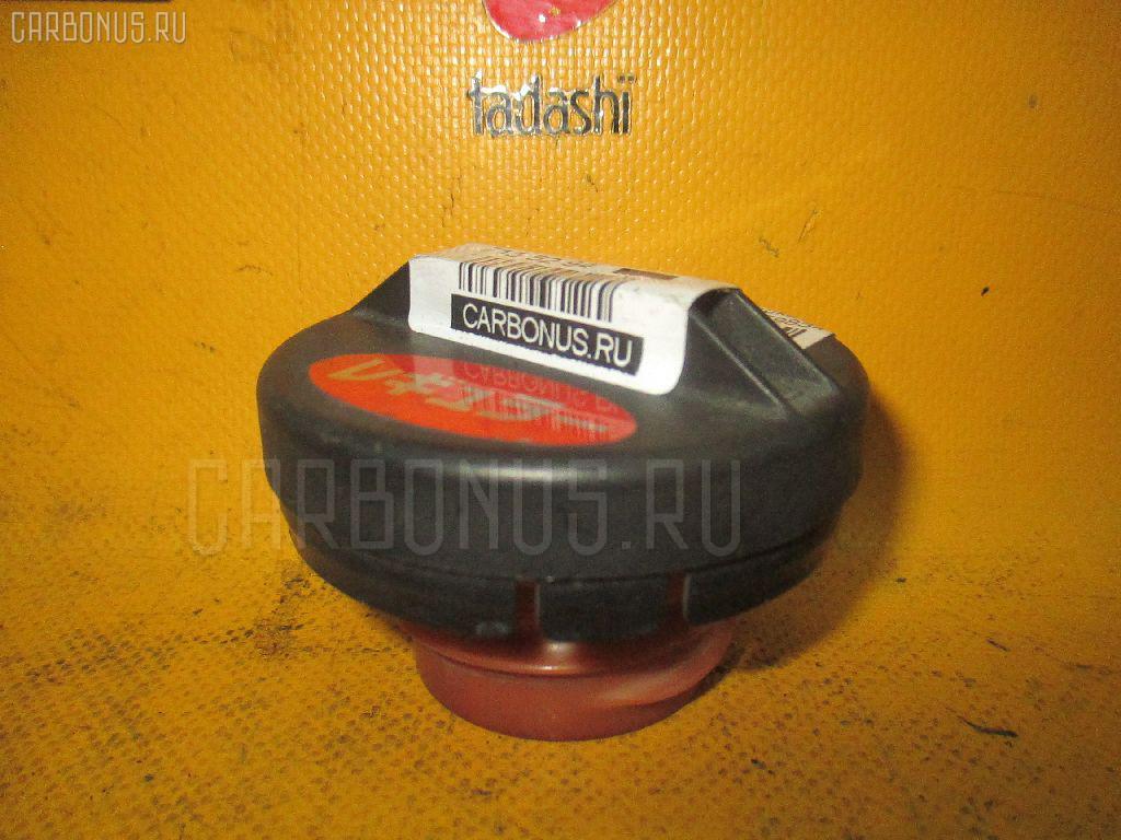 Крышка топливного бака TOYOTA FUNCARGO NCP20 Фото 1