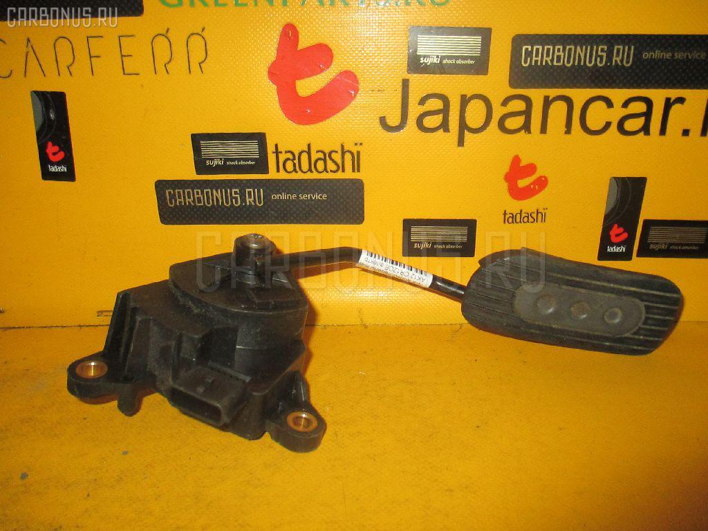 Педаль подачи топлива NISSAN MARCH AK12 CR12DE. Фото 11