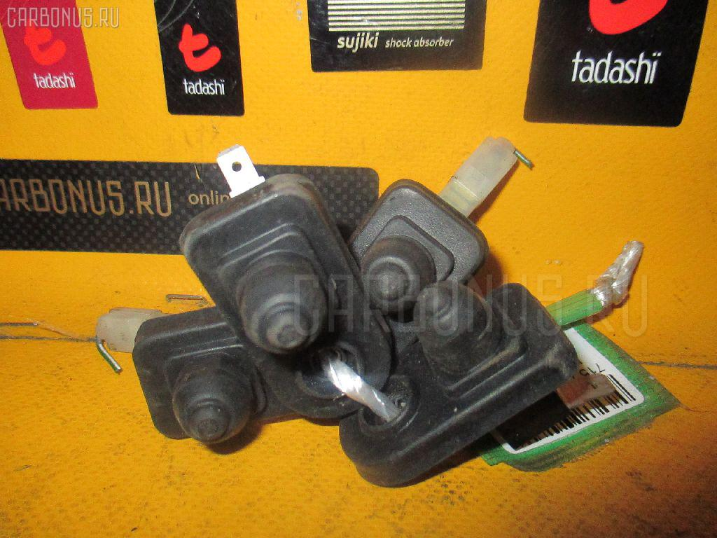 Выключатель концевой HONDA ACCORD CF3 Фото 1