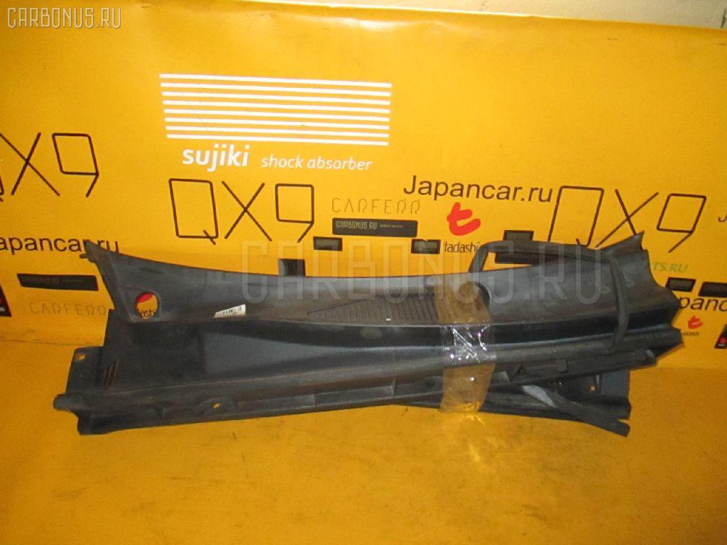 Решетка под лобовое стекло TOYOTA FUNCARGO NCP20 Фото 2