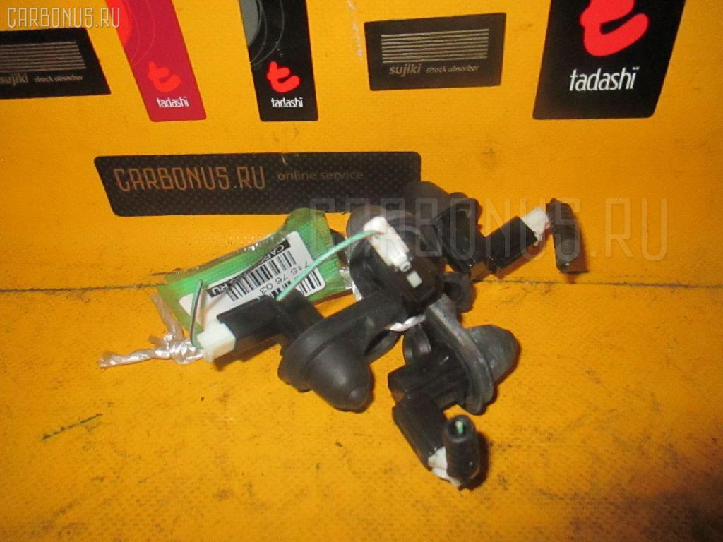 Выключатель концевой HONDA FIT GD1 Фото 1