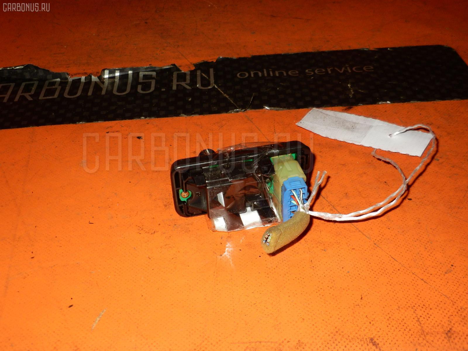 Блок управления зеркалами TOYOTA MARK II GX81 1G-FE Фото 3