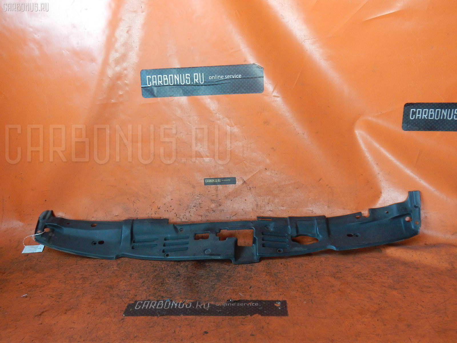 Защита замка капота TOYOTA CROWN JZS141. Фото 2