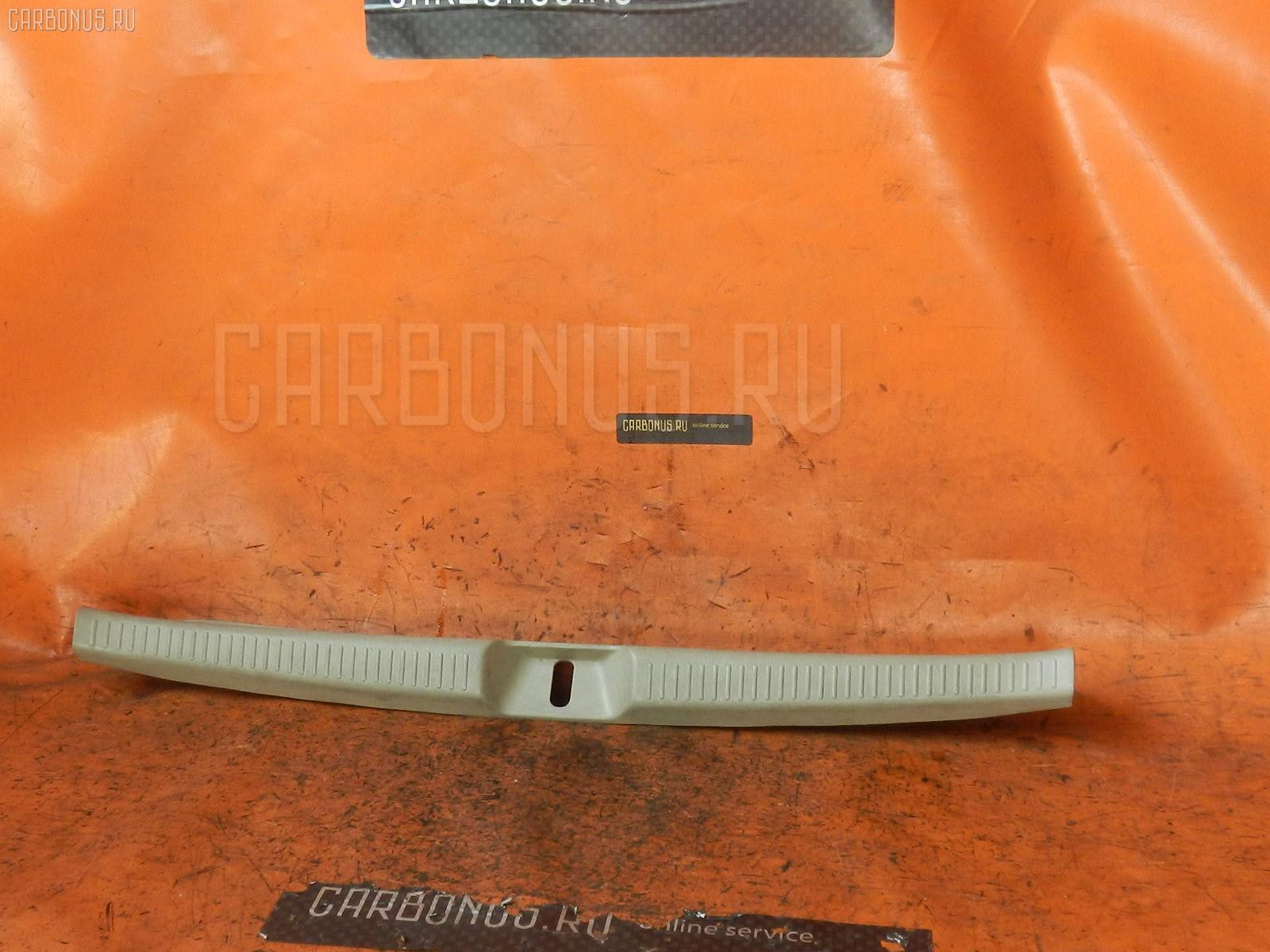 Обшивка багажника TOYOTA COROLLA SPACIO ZZE122N Фото 1