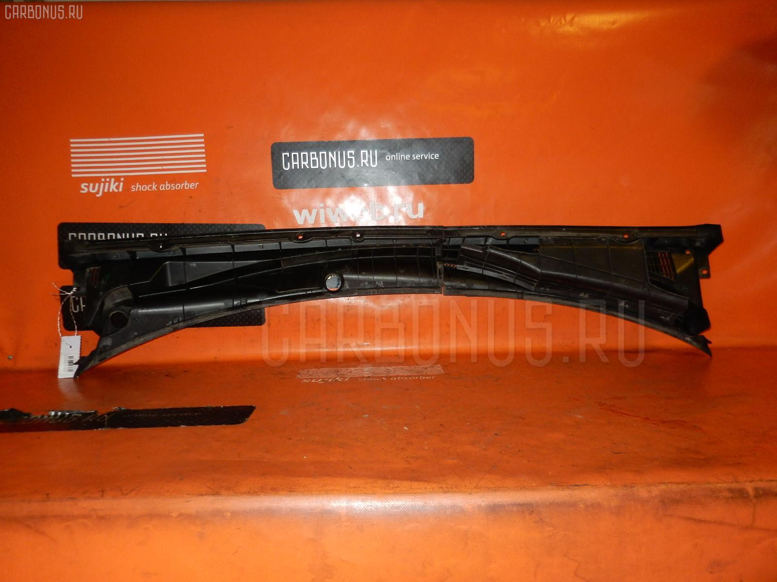 Решетка под лобовое стекло TOYOTA FUNCARGO NCP20 Фото 1