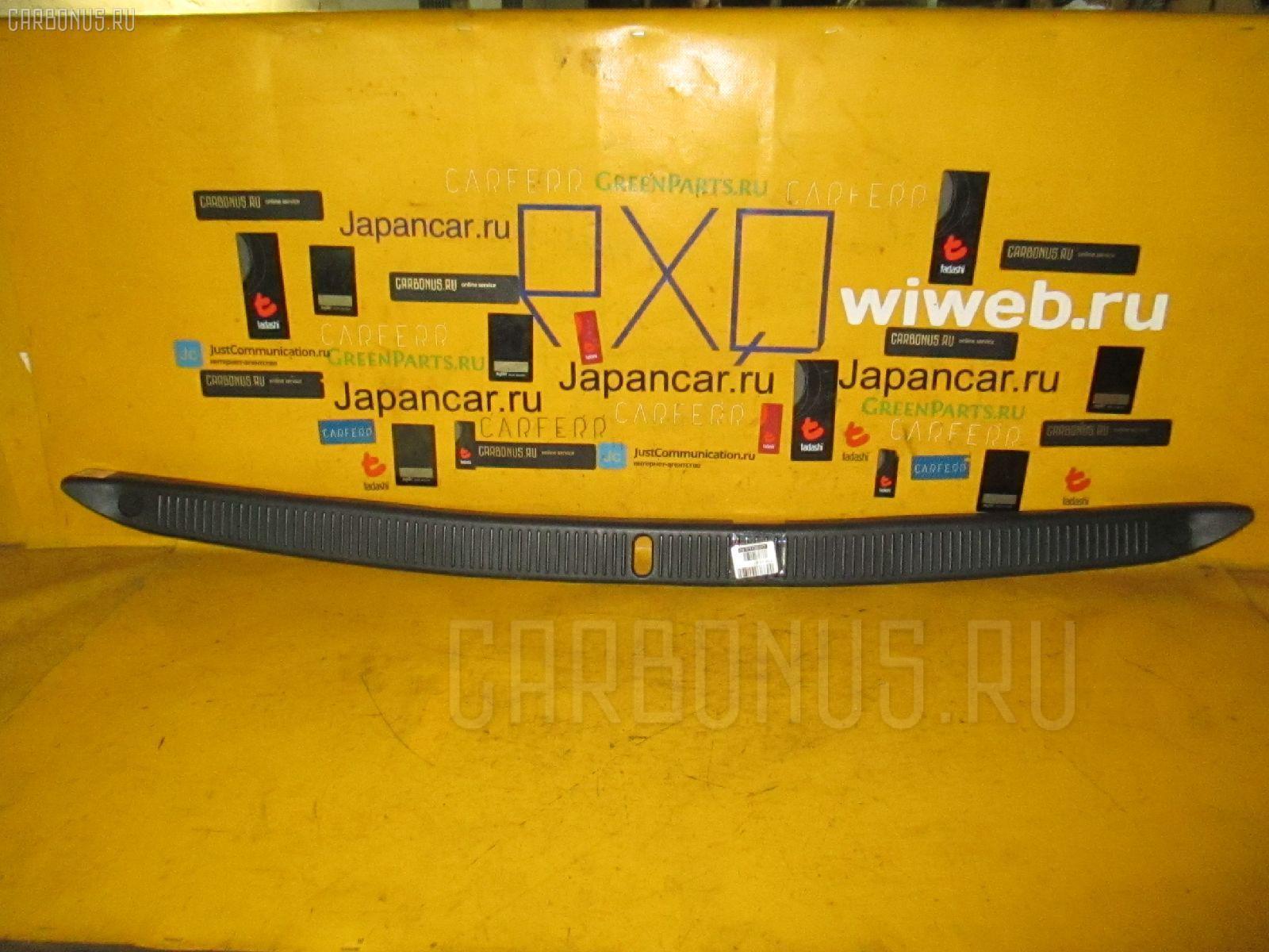 Обшивка багажника TOYOTA CRESTA SX90 Фото 2