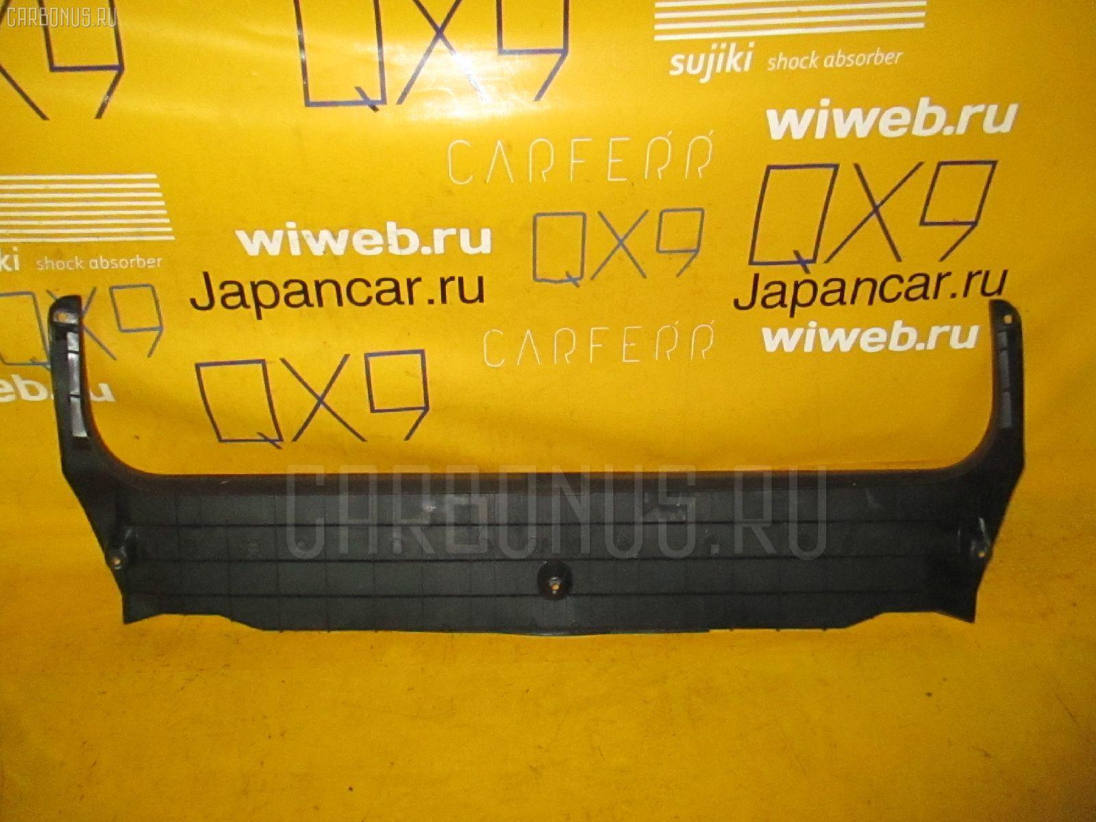 Обшивка багажника TOYOTA CROWN JZS155 Фото 1