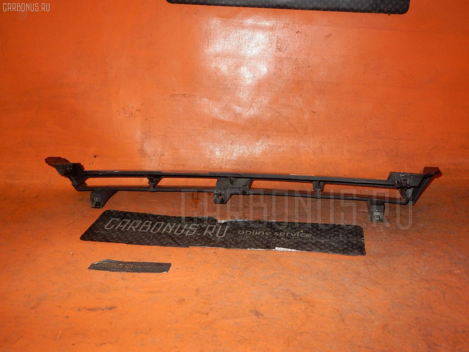Решетка радиатора NISSAN SKYLINE ENR33. Фото 3