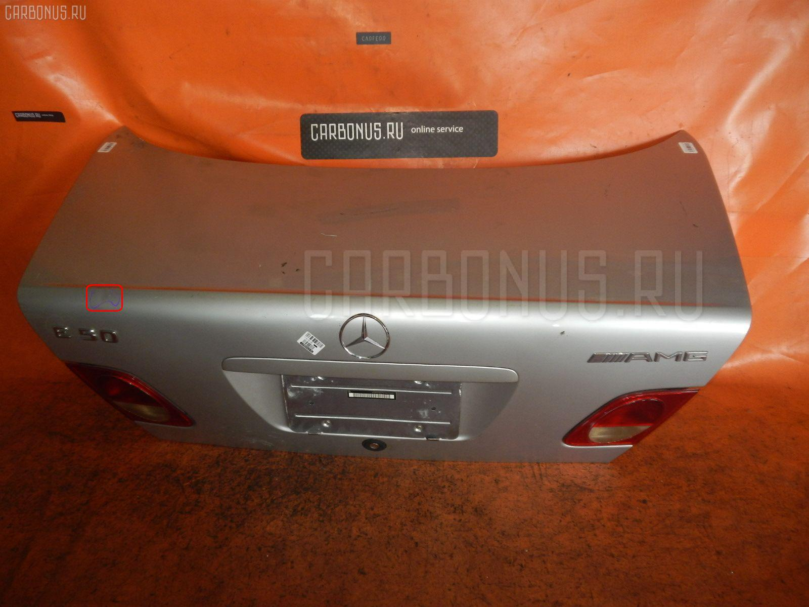 Крышка багажника MERCEDES-BENZ E-CLASS W210.072. Фото 1