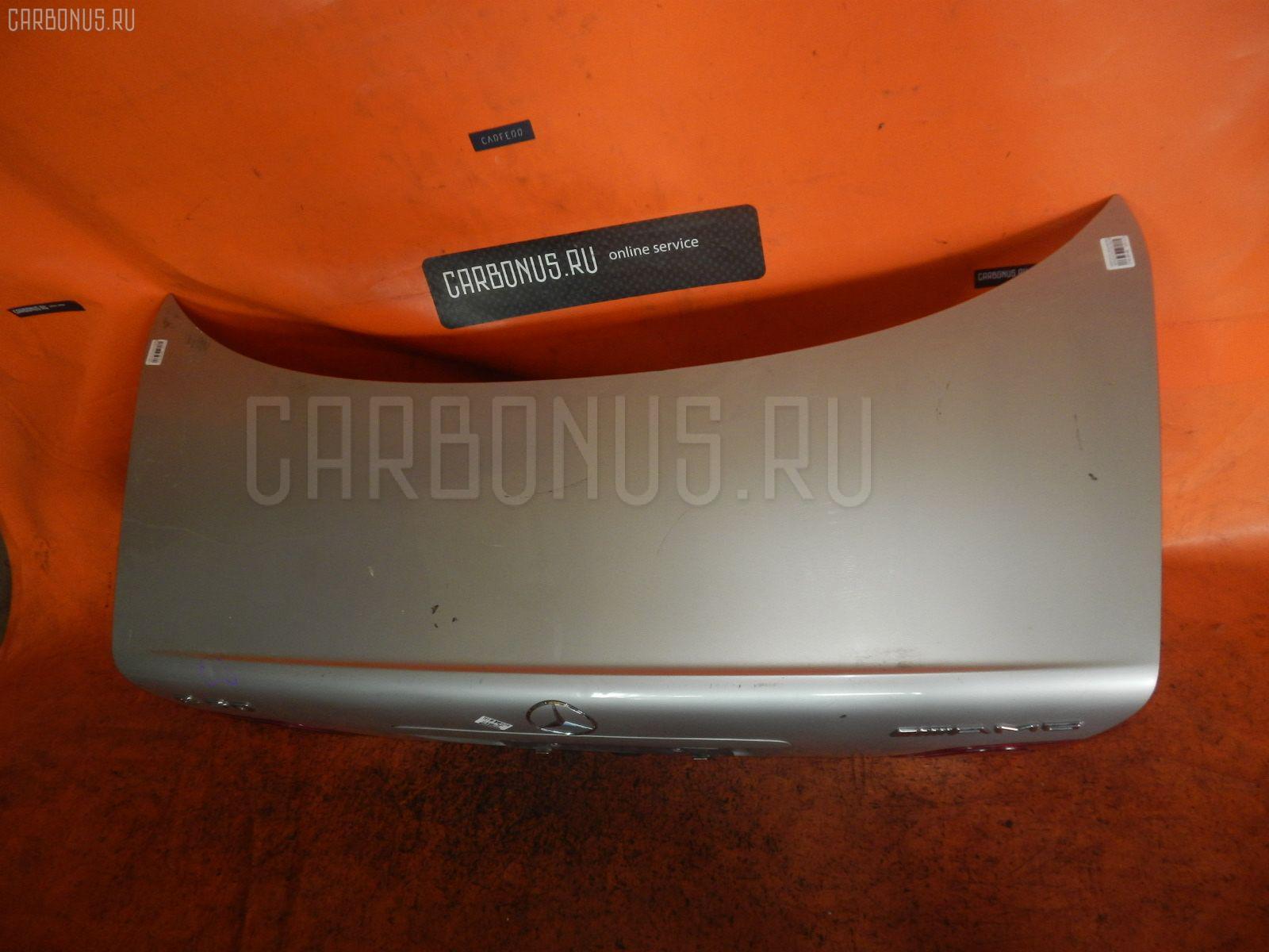 Крышка багажника MERCEDES-BENZ E-CLASS W210.072. Фото 3