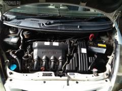 Заливная горловина топливного бака Honda Fit GD1 L13A Фото 4