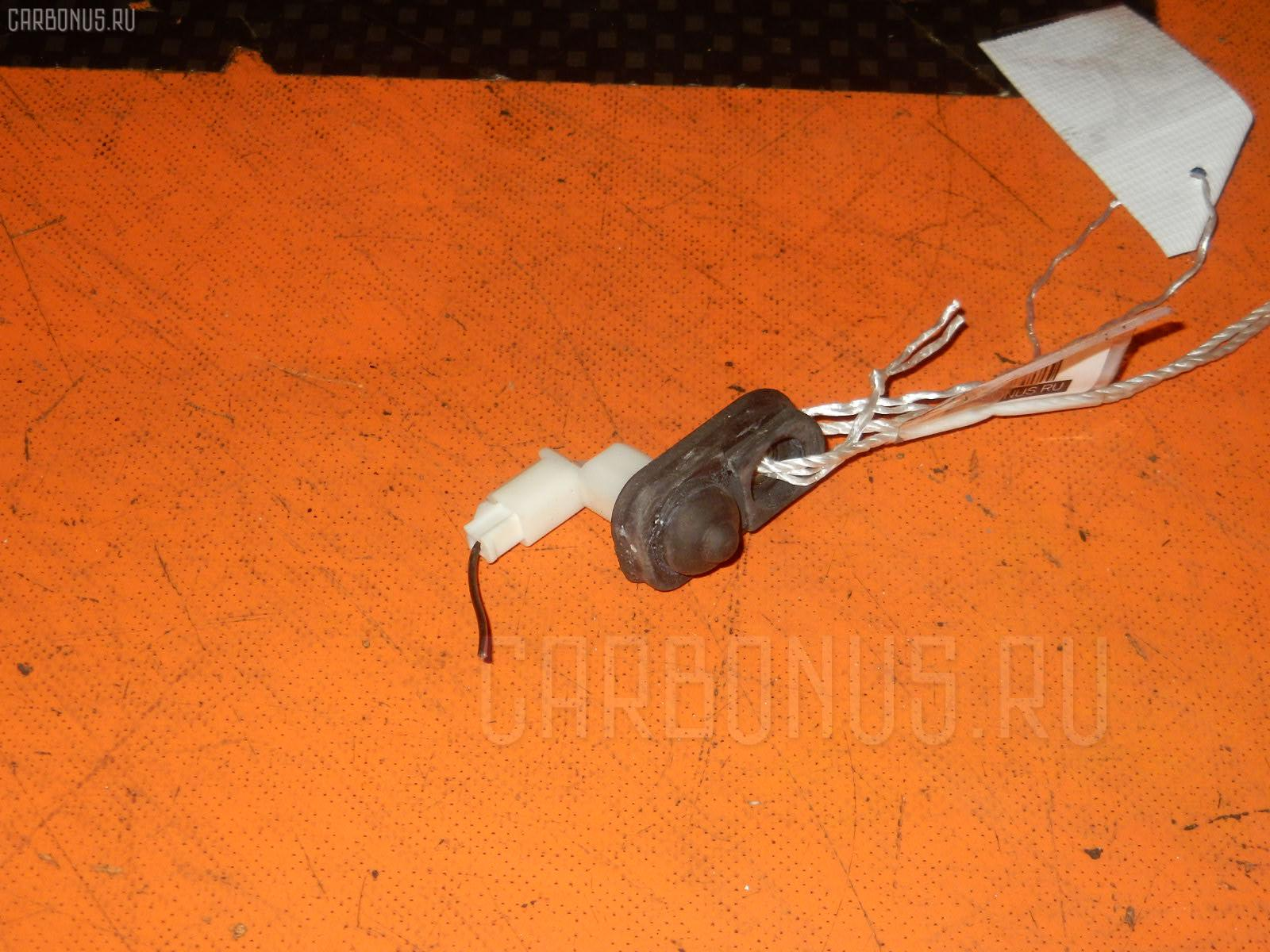 Выключатель концевой SUZUKI SWIFT ZC11S M13A Фото 1