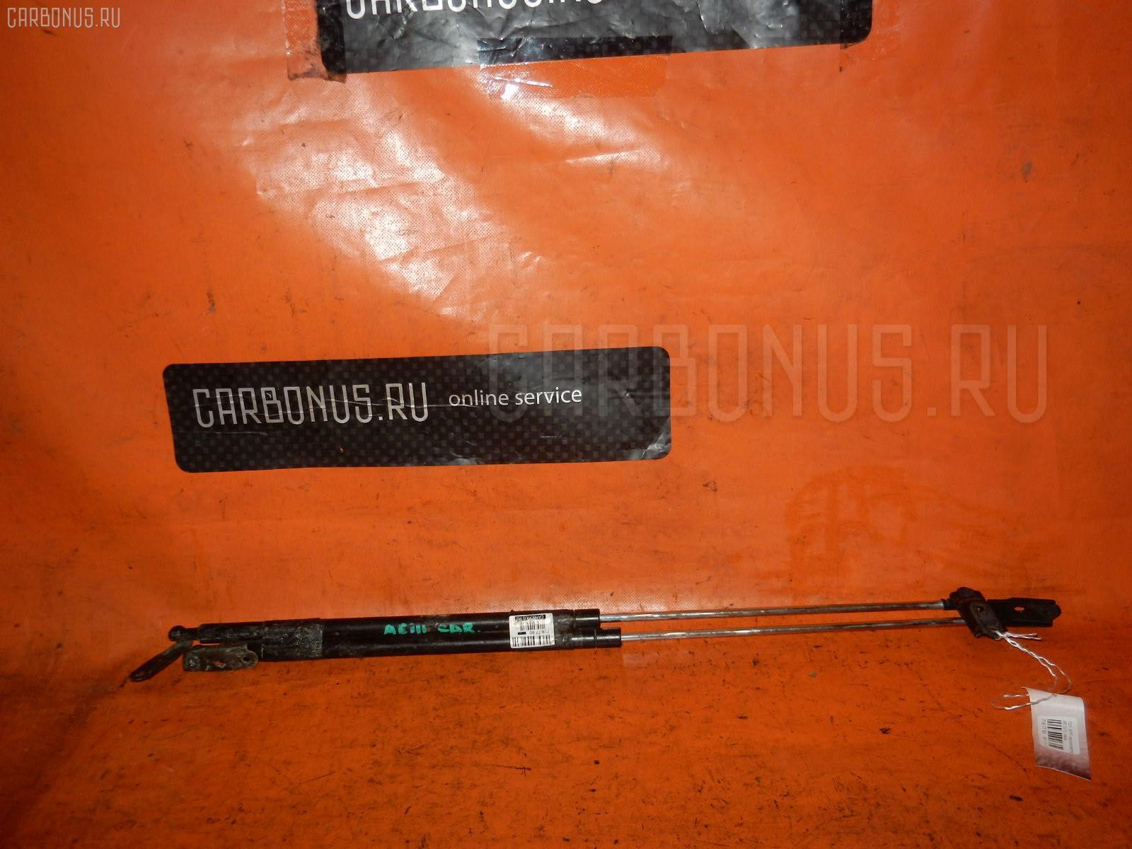 Амортизатор двери TOYOTA SPRINTER CARIB AE111G Фото 1