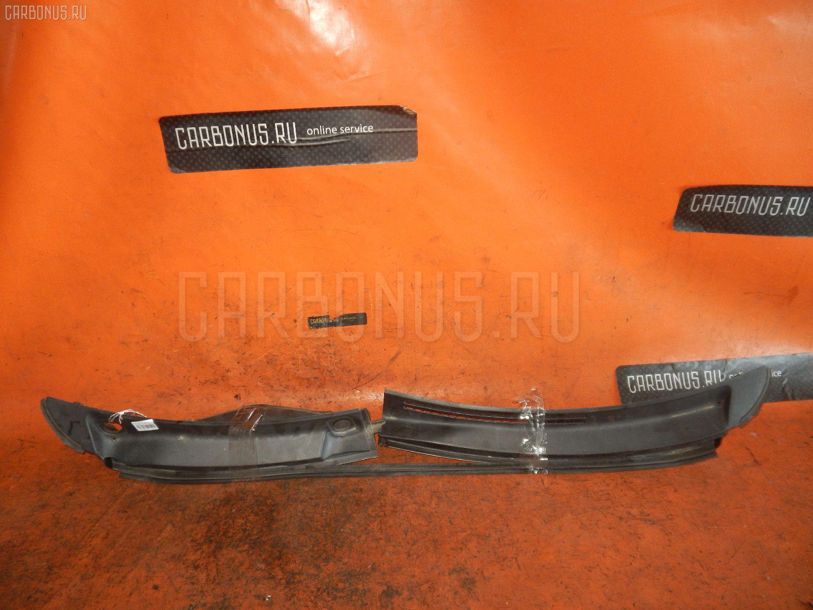 Решетка под лобовое стекло NISSAN MOCO MG22S Фото 1