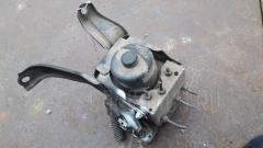 Блок ABS Toyota Harrier MCU10W 1MZ-FE Фото 2