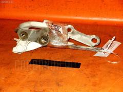 Крепление капота Toyota Harrier MCU10W Фото 1