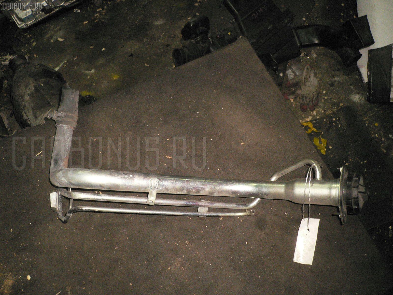 Заливная горловина топливного бака SUZUKI SX-4 YA11S M15A Фото 1
