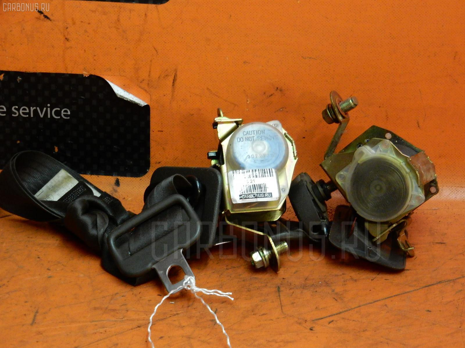 Ремень безопасности TOYOTA HIACE KZH106G 1KZ-TE Фото 1