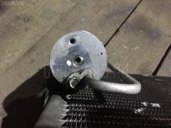 Радиатор кондиционера на Suzuki Jimny JB23W K6A Фото 3
