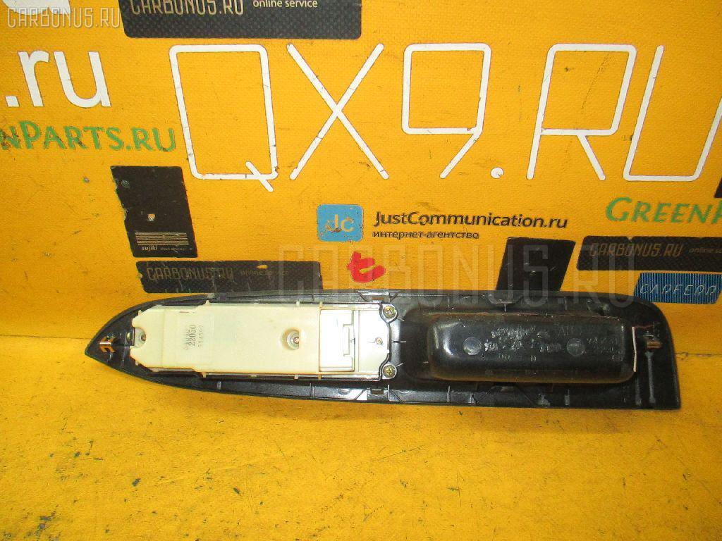 Блок упр-я стеклоподъемниками TOYOTA MARK II JZX110. Фото 8