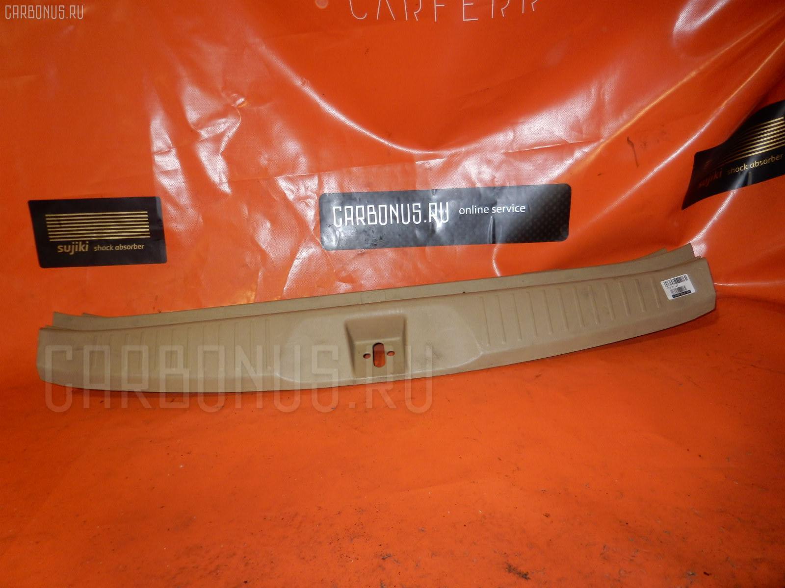 Обшивка багажника HONDA STREAM RN7 Фото 1