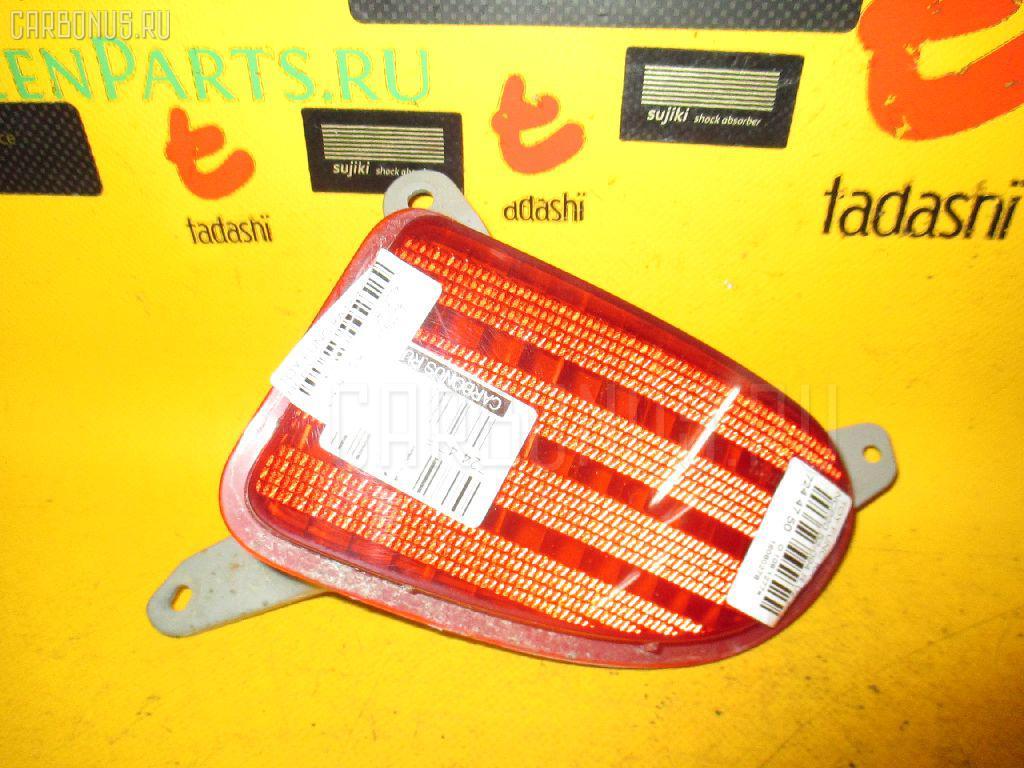 Катафот заднего бампера TOYOTA FUNCARGO NCP20 Фото 2