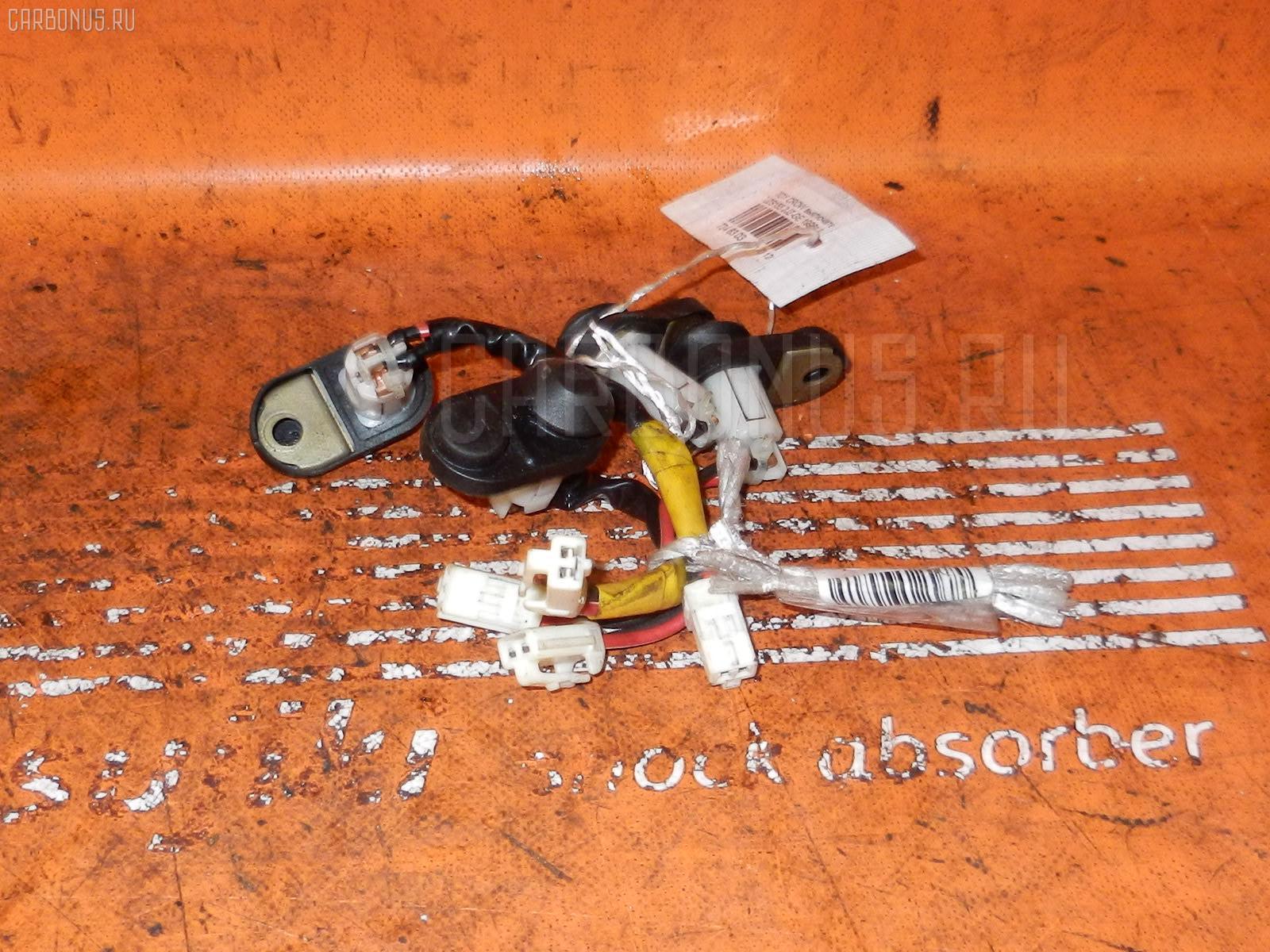 Выключатель концевой TOYOTA CROWN JZS155 2JZ-GE Фото 1
