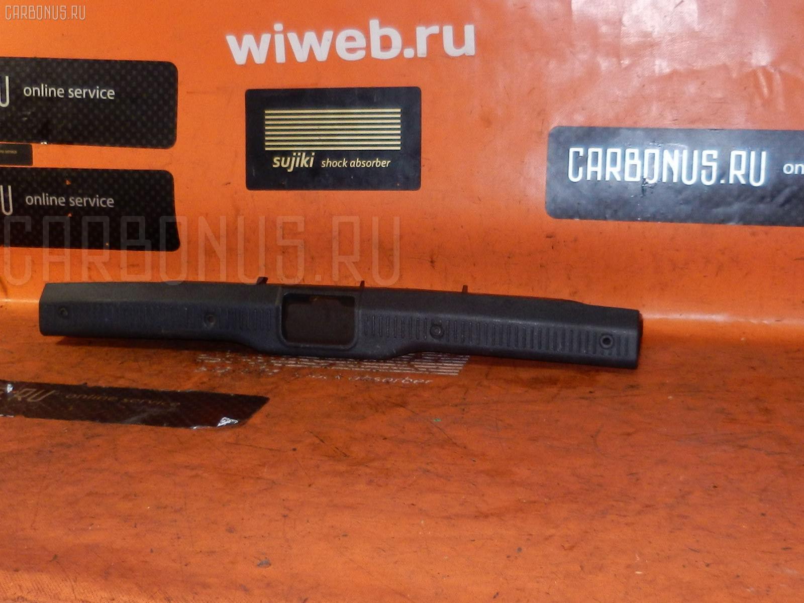 Обшивка багажника TOYOTA COROLLA FX AE91 Фото 1