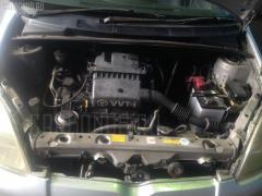 Крепление капота Toyota Vitz SCP10 Фото 4