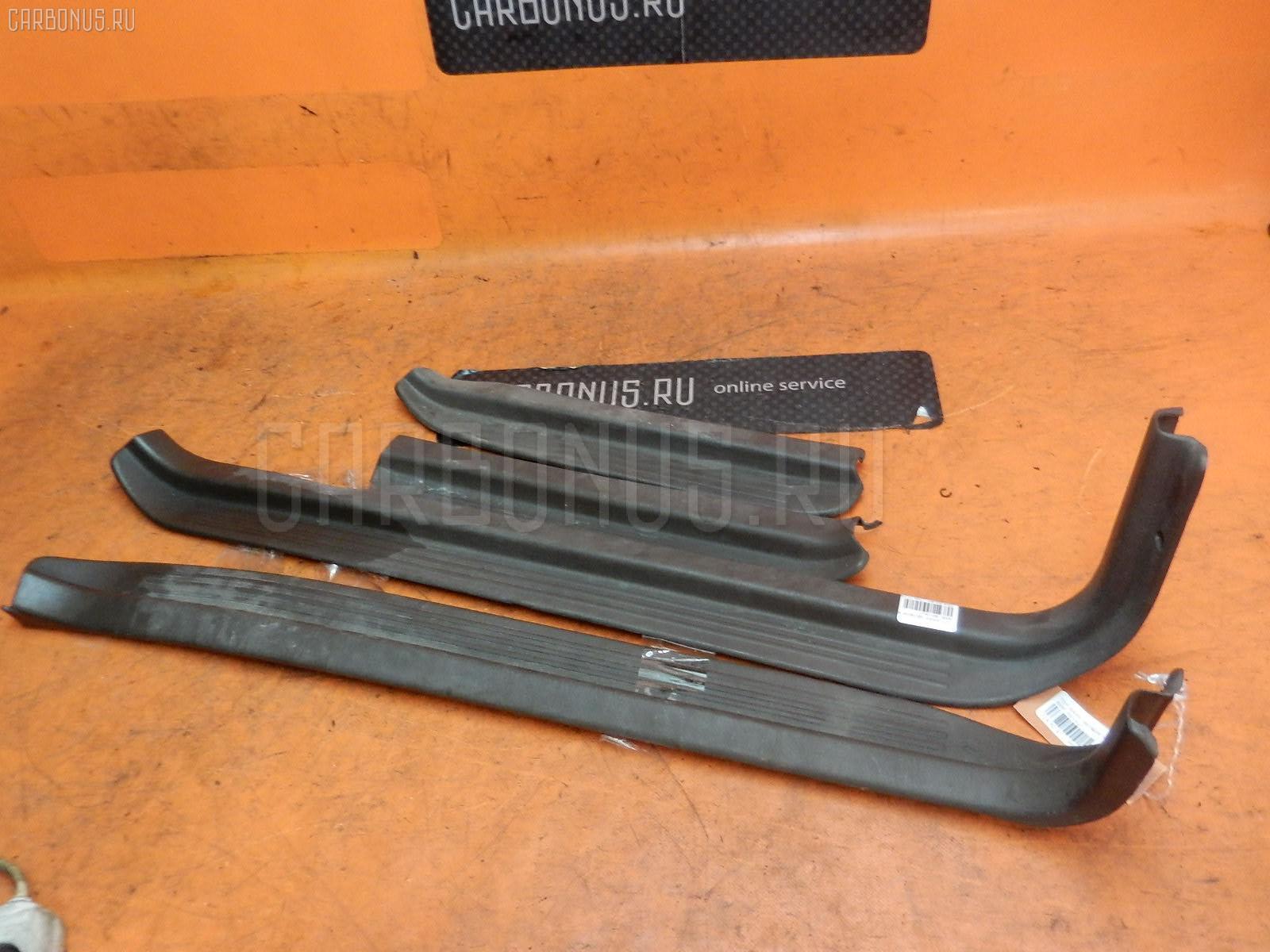 Накладка на порог салона TOYOTA MARK II SX80 Фото 1