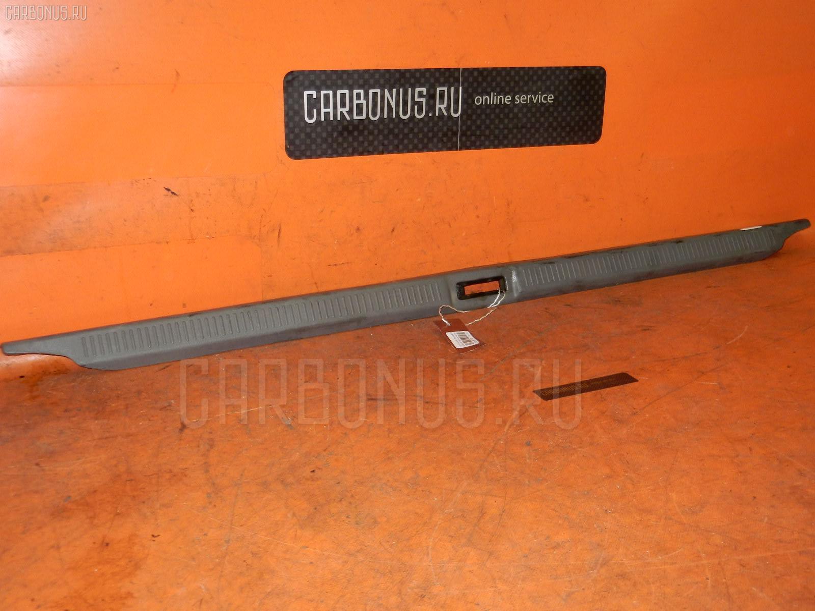 Обшивка багажника TOYOTA MARK II SX80 Фото 1