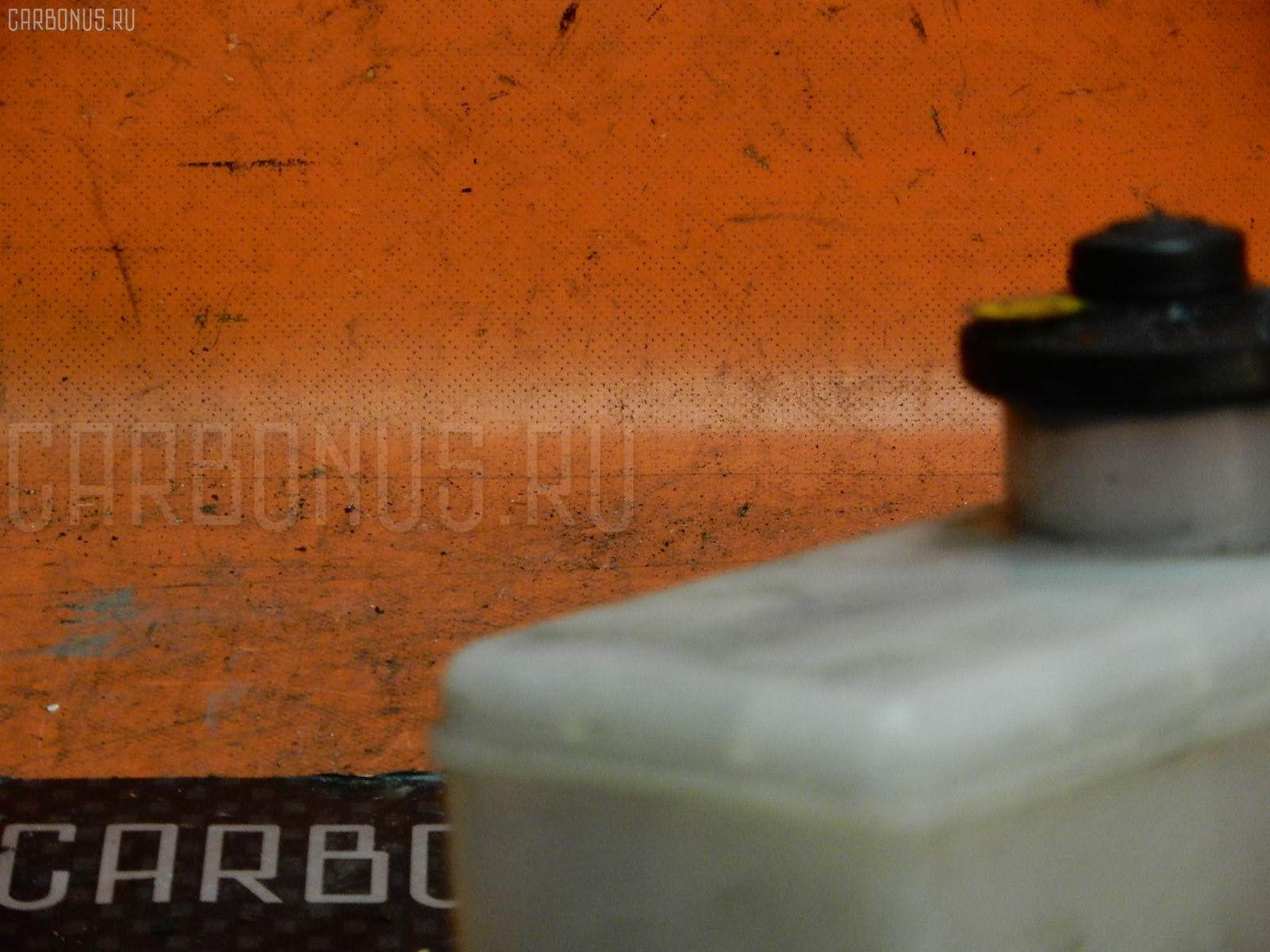 Бачок гидроусилителя HONDA INSPIRE UA2 G25A. Фото 1