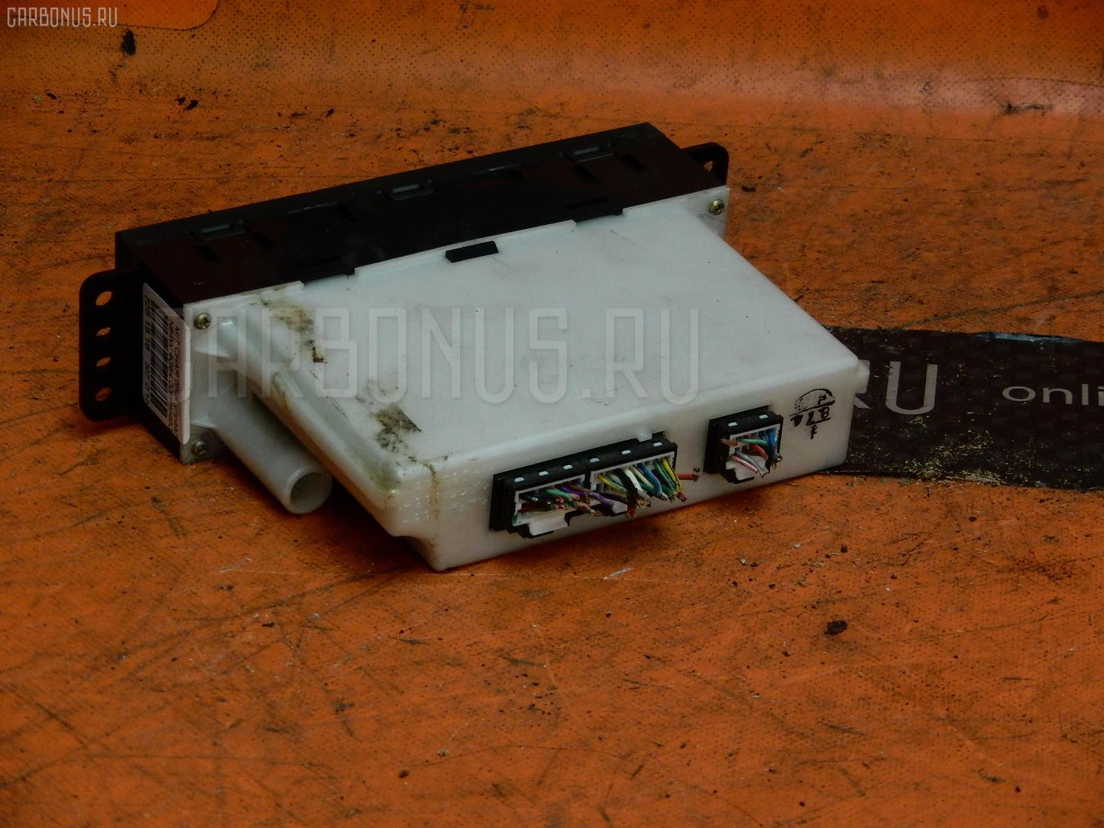 Блок управления климатконтроля Mitsubishi Chariot grandis N84W 4G64 Фото 1