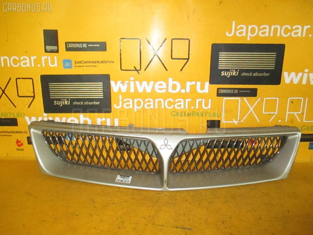 Решетка радиатора MITSUBISHI DIAMANTE WAGON F36W. Фото 4