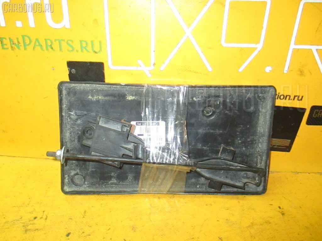 Подставка под аккумулятор TOYOTA VITZ KSP90. Фото 7