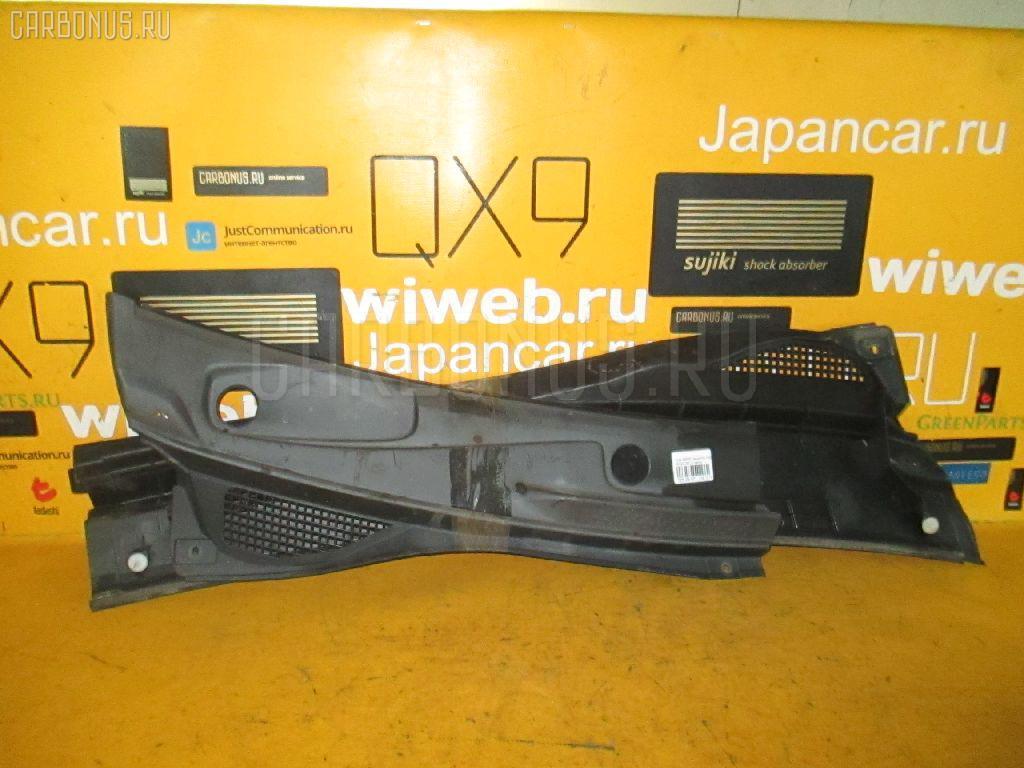 Решетка под лобовое стекло Nissan Serena PC24 Фото 1