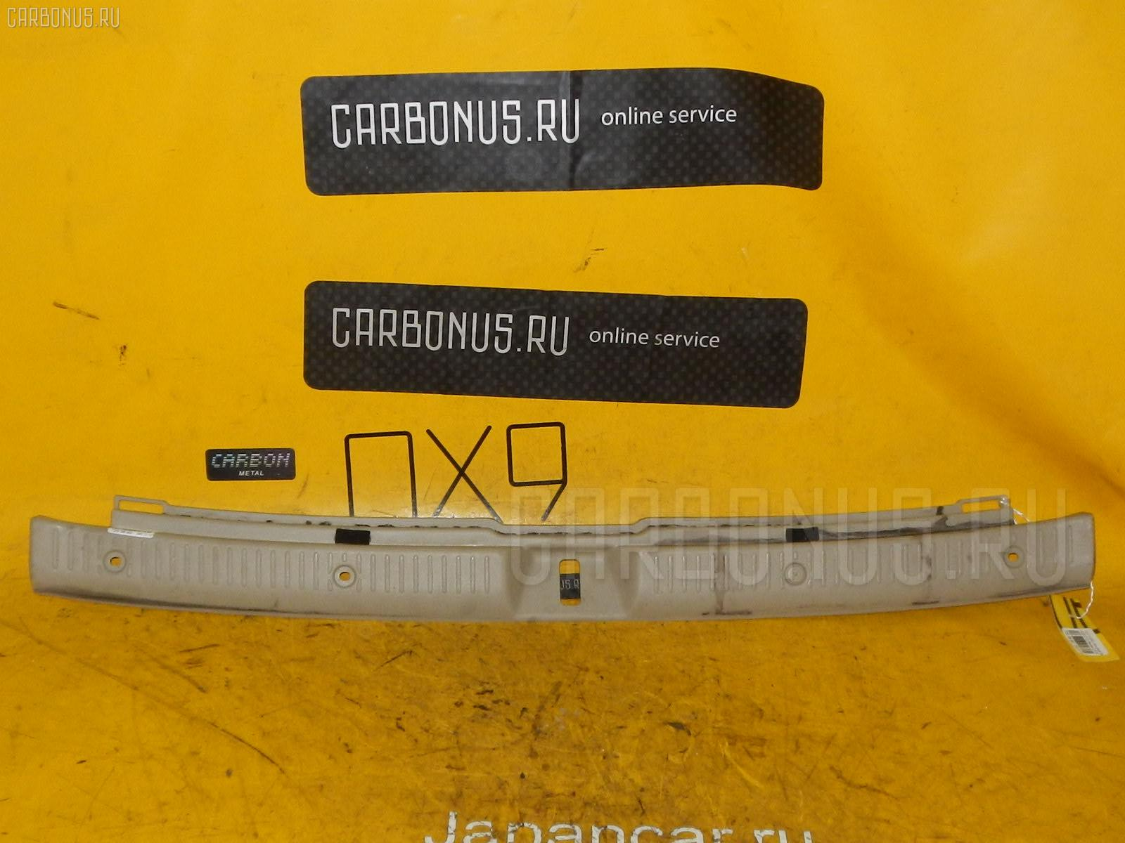Обшивка багажника TOYOTA COROLLA FIELDER NZE121G Фото 1
