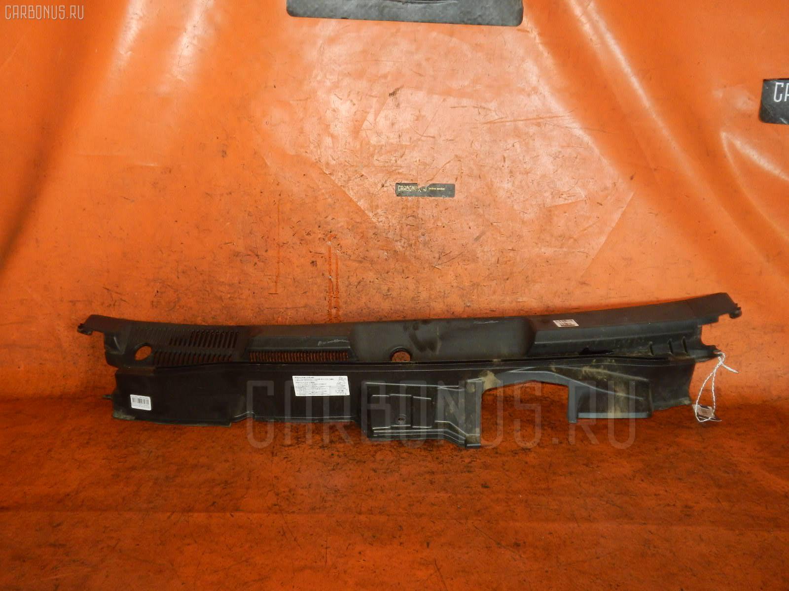 Решетка под лобовое стекло Suzuki Every DA64W Фото 1