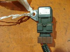 Клапан-вакуумник MITSUBISHI PAJERO V46V 4M40T Фото 2