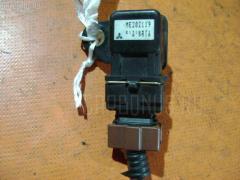 Клапан-вакуумник Mitsubishi Pajero V46V 4M40T Фото 1