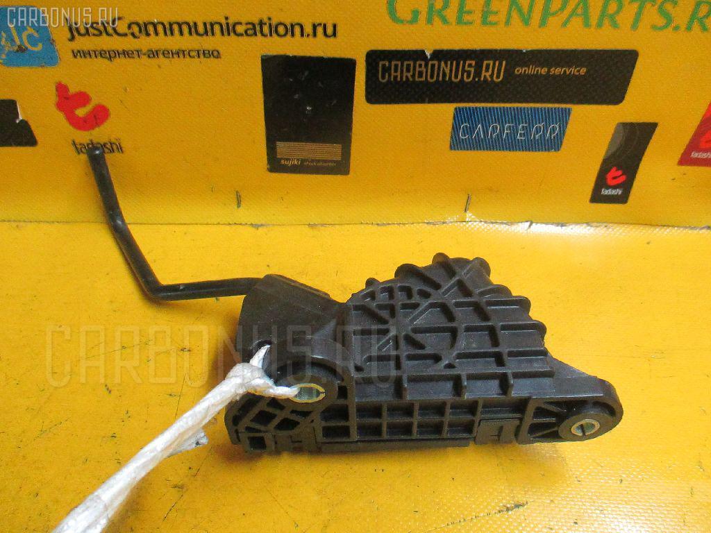 Педаль подачи топлива TOYOTA MARK X GRX121 4GRFSE Фото 2
