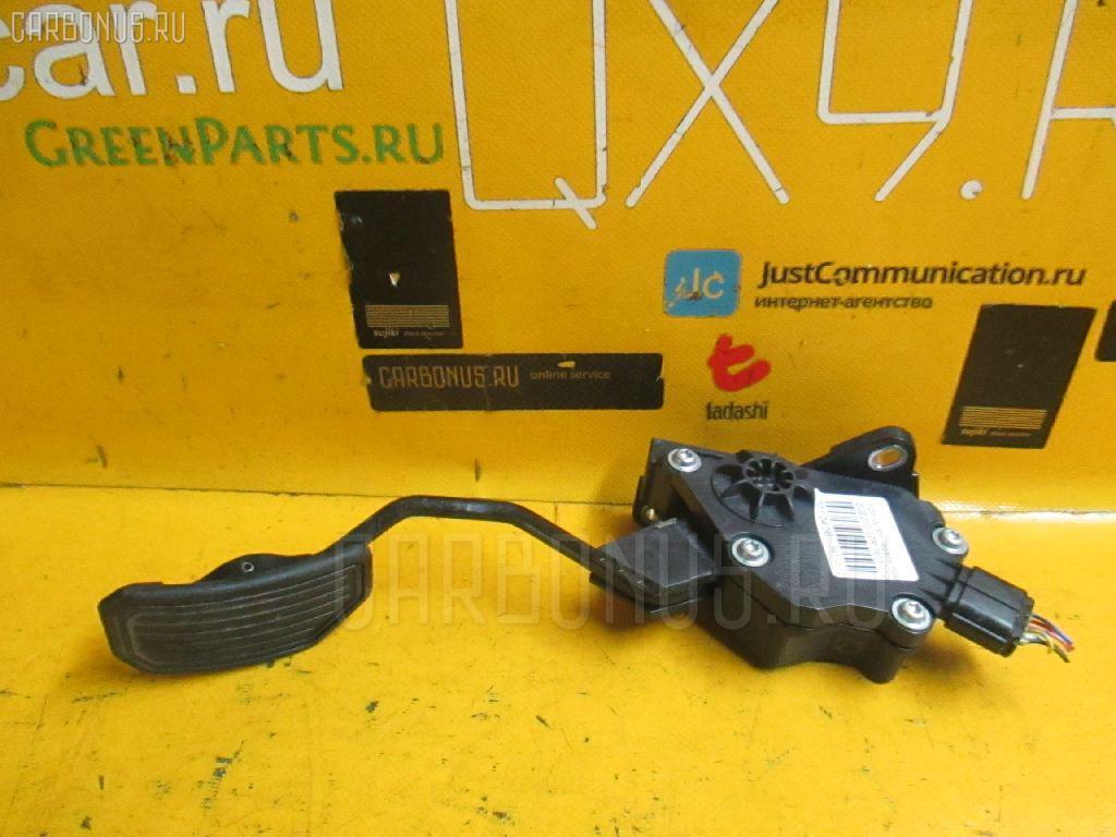 Педаль подачи топлива TOYOTA WISH ZGE20G 2ZR-FAE Фото 1