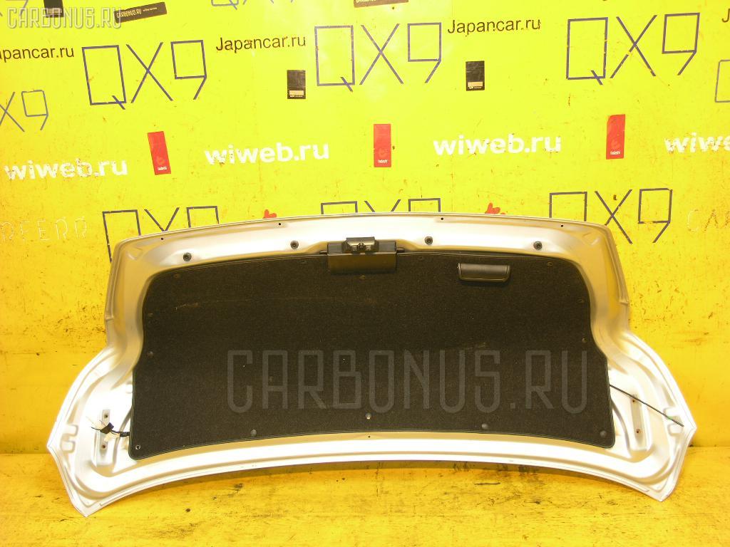 Крышка багажника TOYOTA SAI AZK10 Фото 2