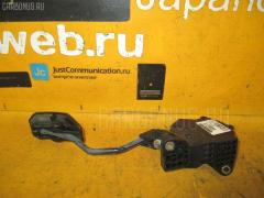 Педаль подачи топлива Toyota Corolla fielder NZE141G 1NZ-FE Фото 2